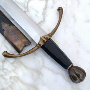 Aatelisen miekka