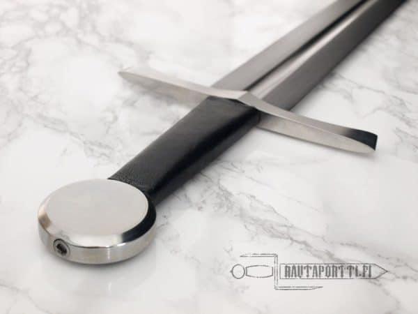 Tinker varhaiskeskiajan miekka