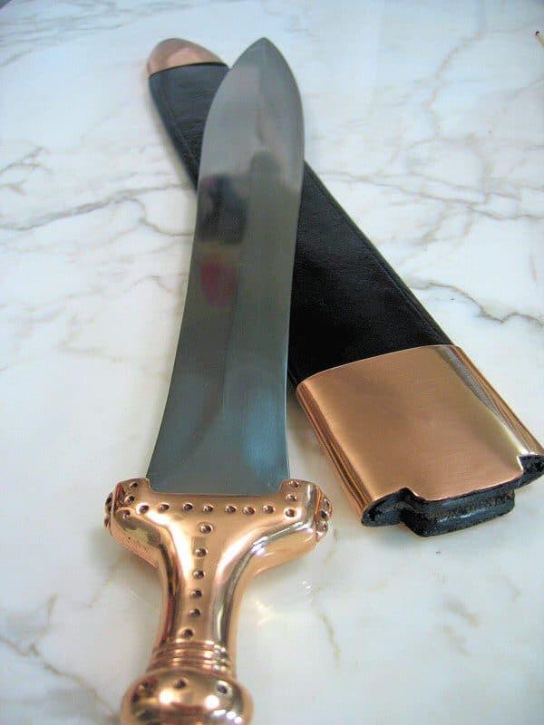 Hallstattin miekka