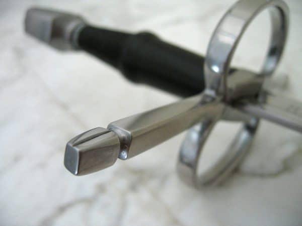 Ranskalainen Cut&Thrust -miekka
