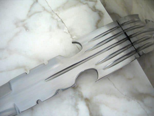 Muskettisoturin torjuntatikari