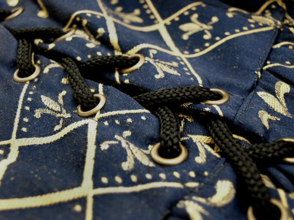 Sininen Fleur de lis mekko